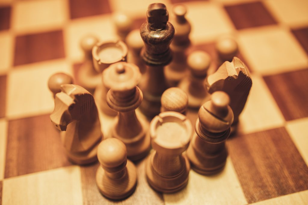 Schach 960 - Aufbau, Regeln und Geschichte